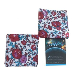 Floral red hand warmer set